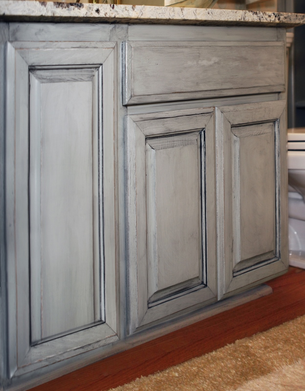 cabinet hgtv antiquing distressed glazing design and darken with kitchens cabinets antiqued kitchen rooms glaze